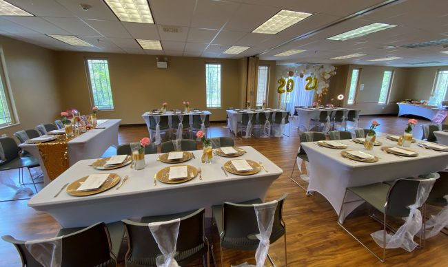 Room rental with long tables